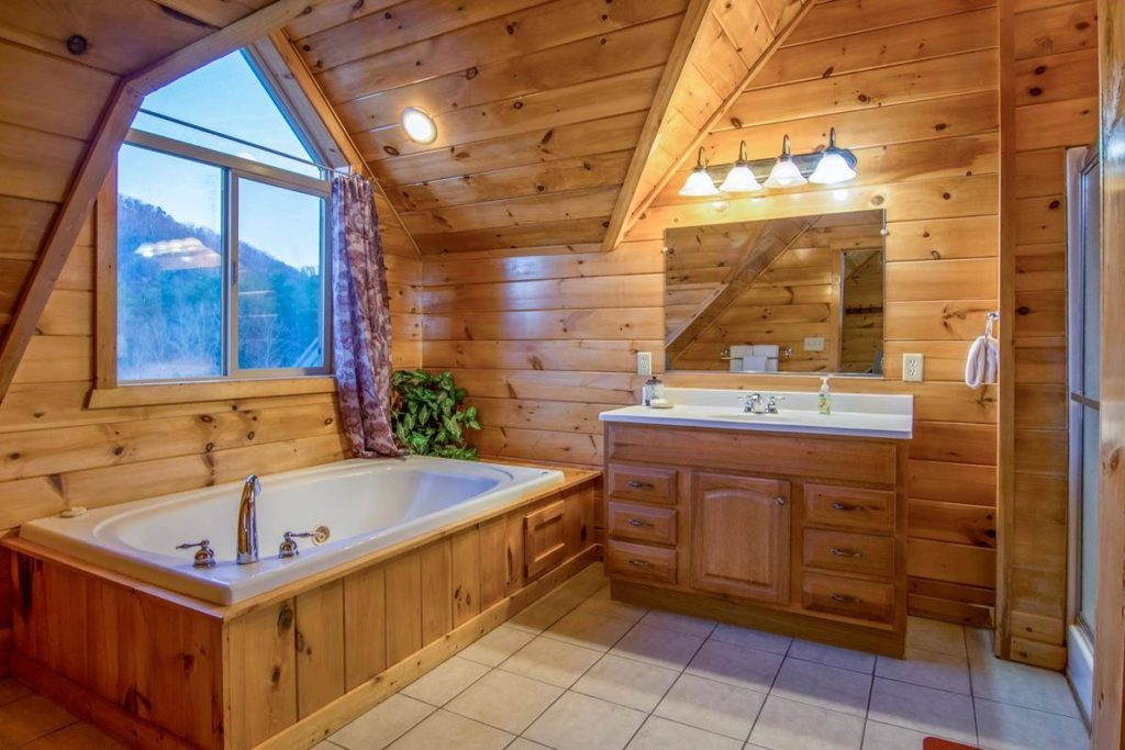 Moose Hollow Lodge Bathroom Ensuite3
