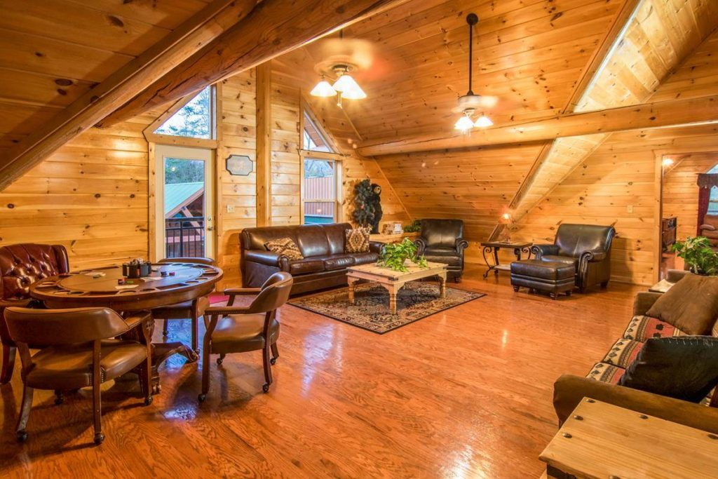 Moose Hollow Lodge Family Room