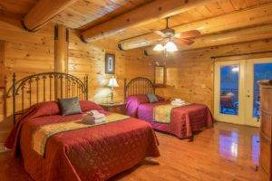 Pigeon Forge large group cabin rentals