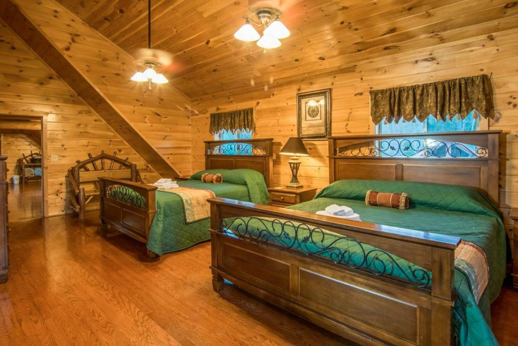 Moose Hollow Lodge Luxury Master Suite1