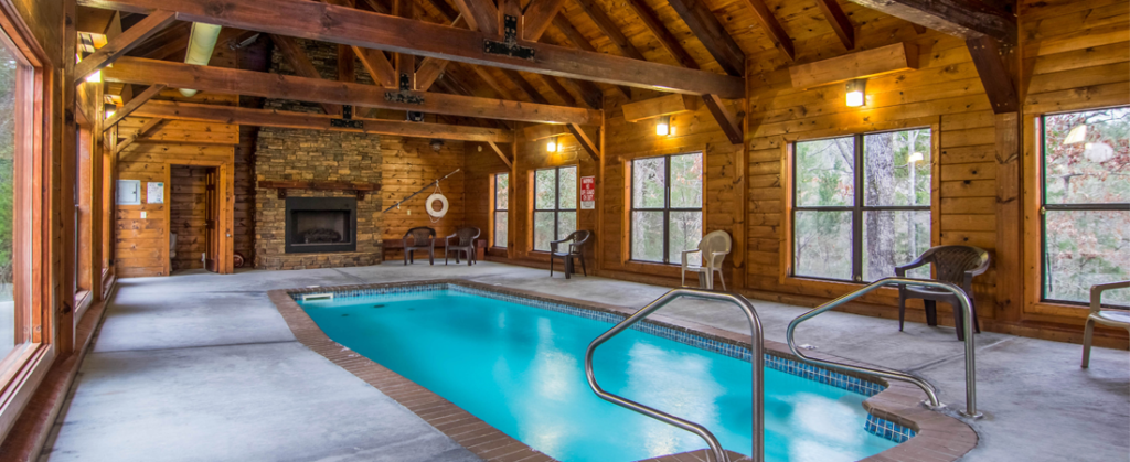 Pigeon Forge – Private Heated Indoor Swimming Pool Cabin
