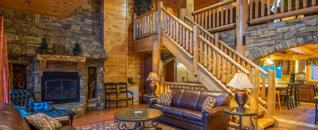 Moose Hollow Lodge Pigeon Forge TN living room