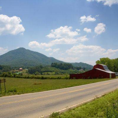The 5 Best Scenic Drives In The Smoky Mountains